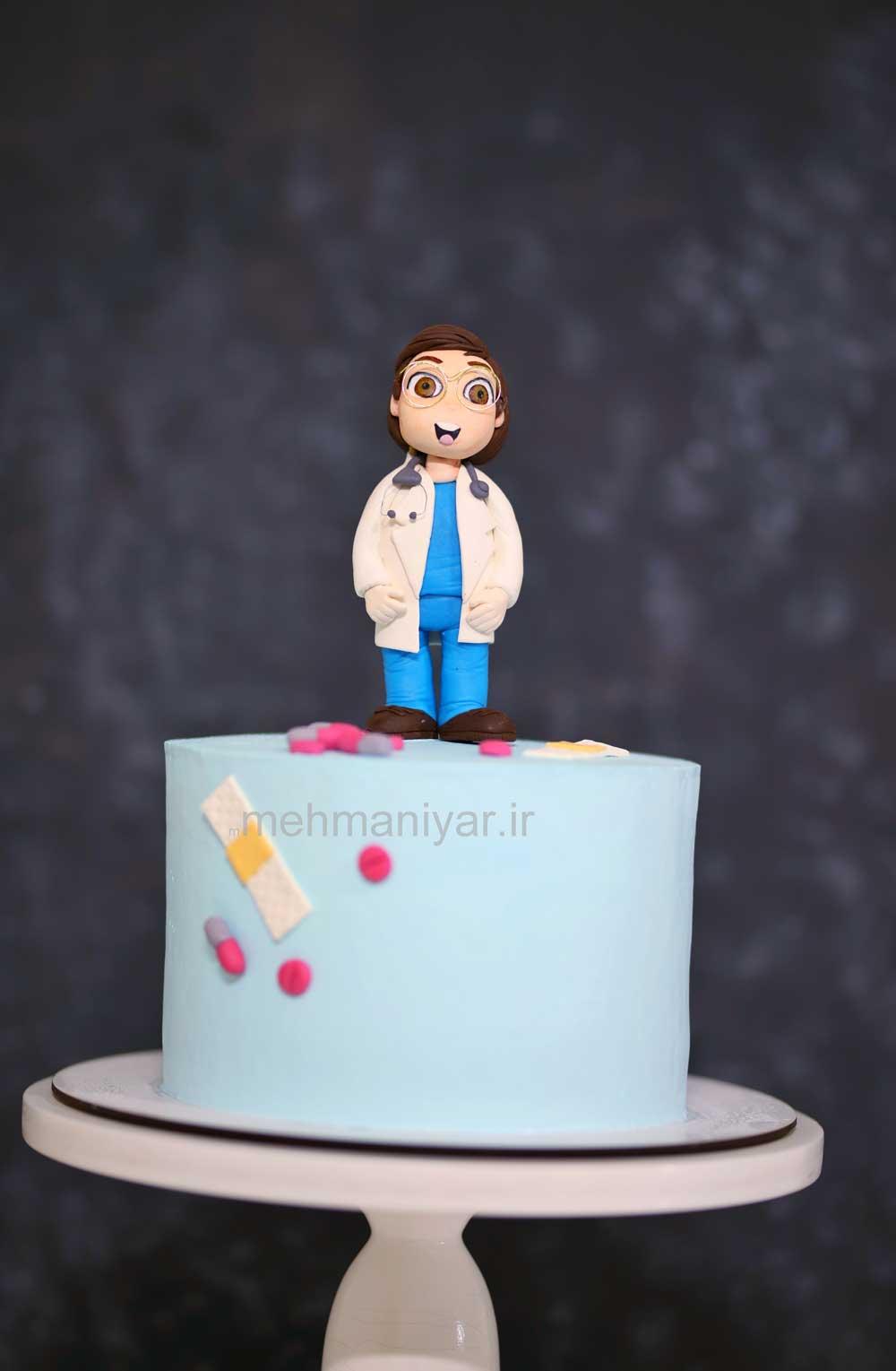 کیک پزشک شاد