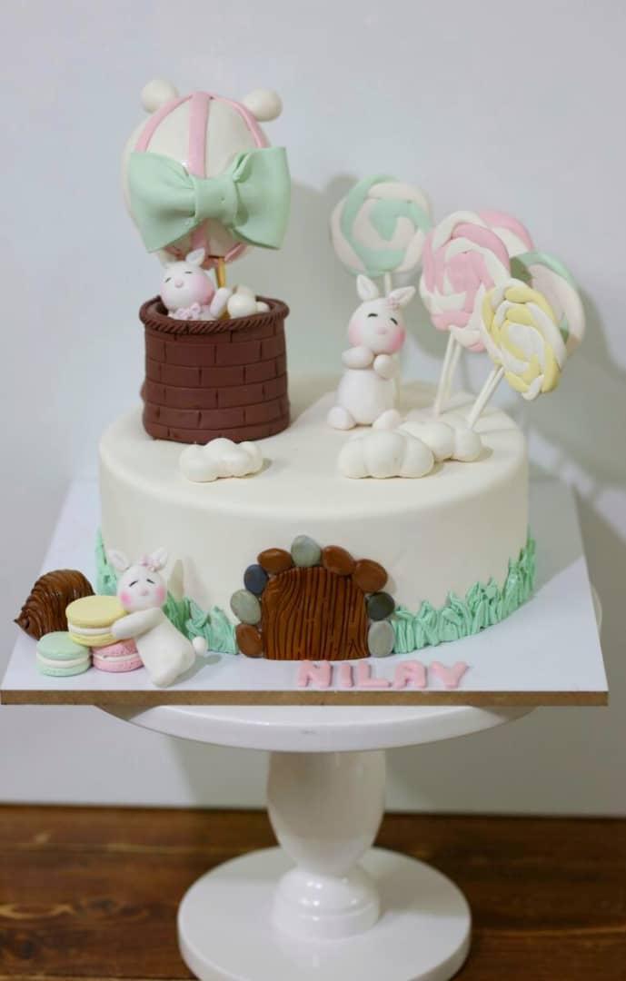 کیک خرگوشهای بازیگوش