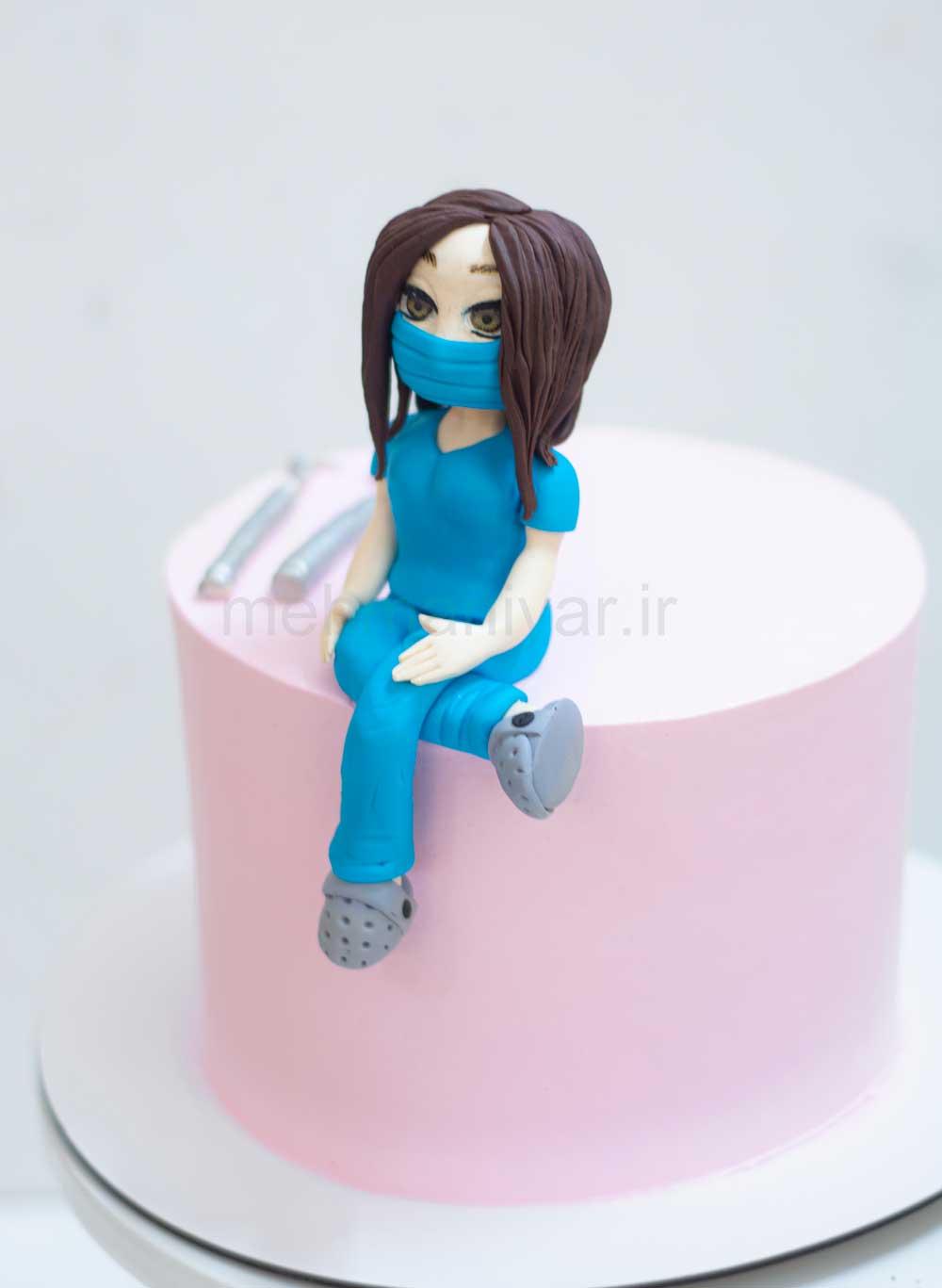 کیک بانوی دندانپزشک