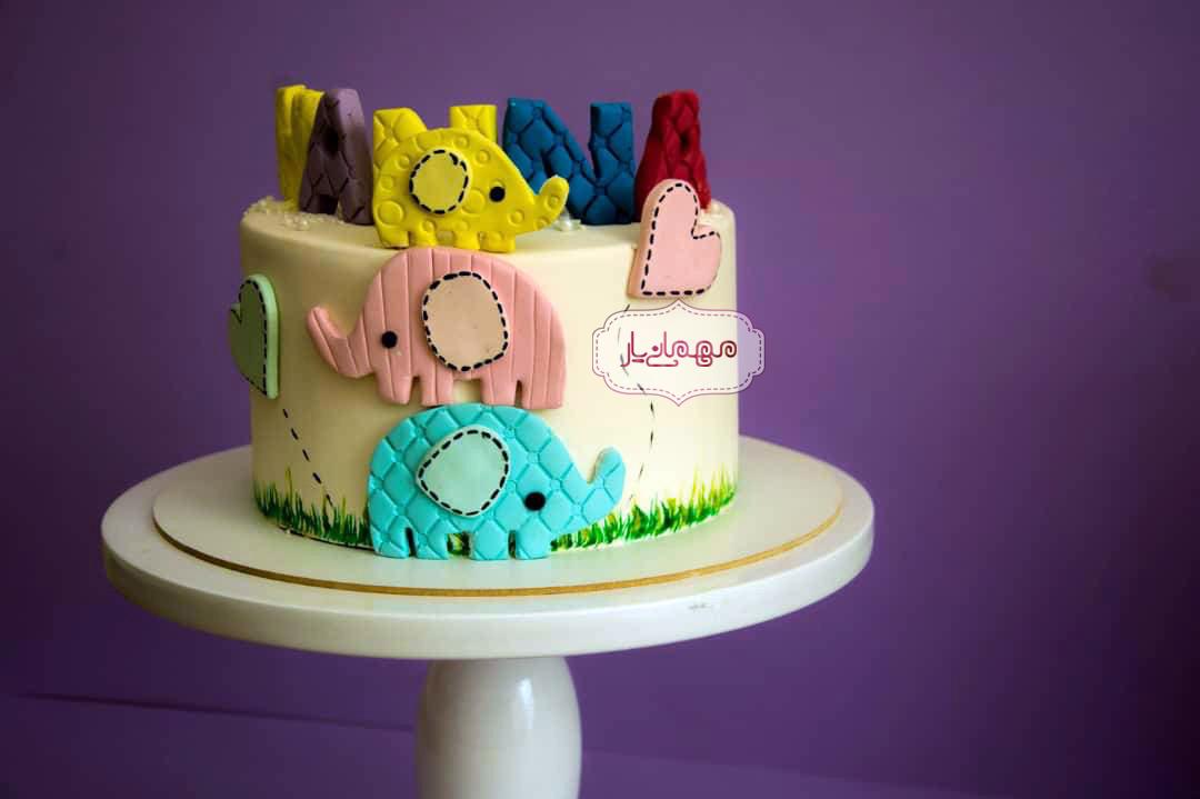 کیک فیلهای رنگی