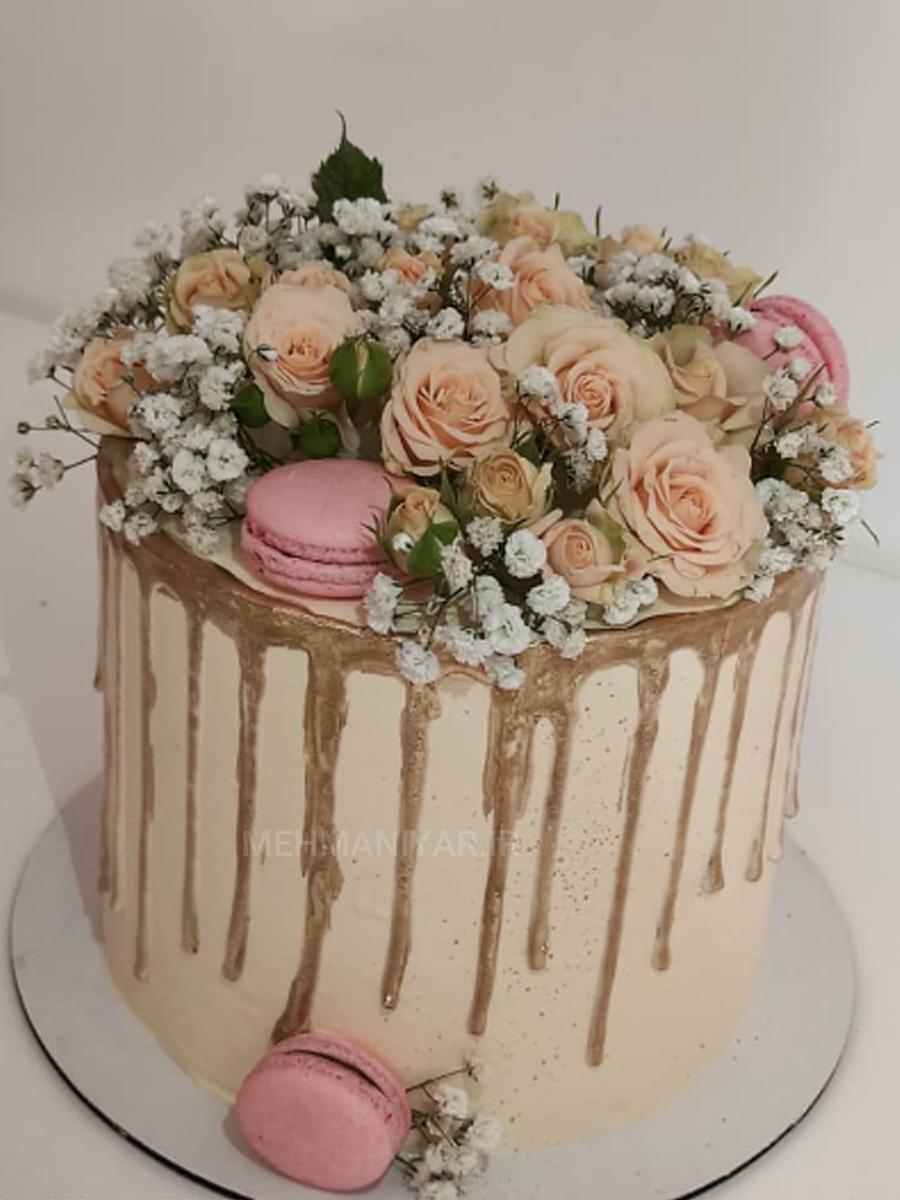 کیک گلهای بهاری