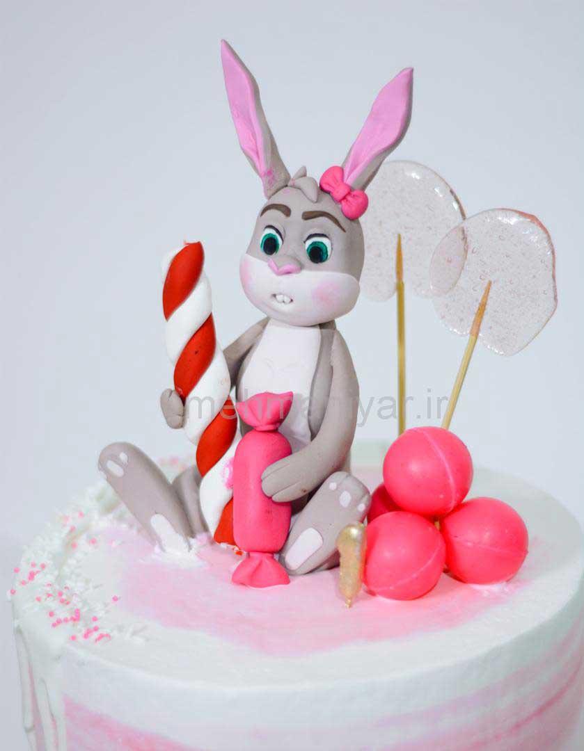 کیک خرگوش بازیگوش و آبنبات