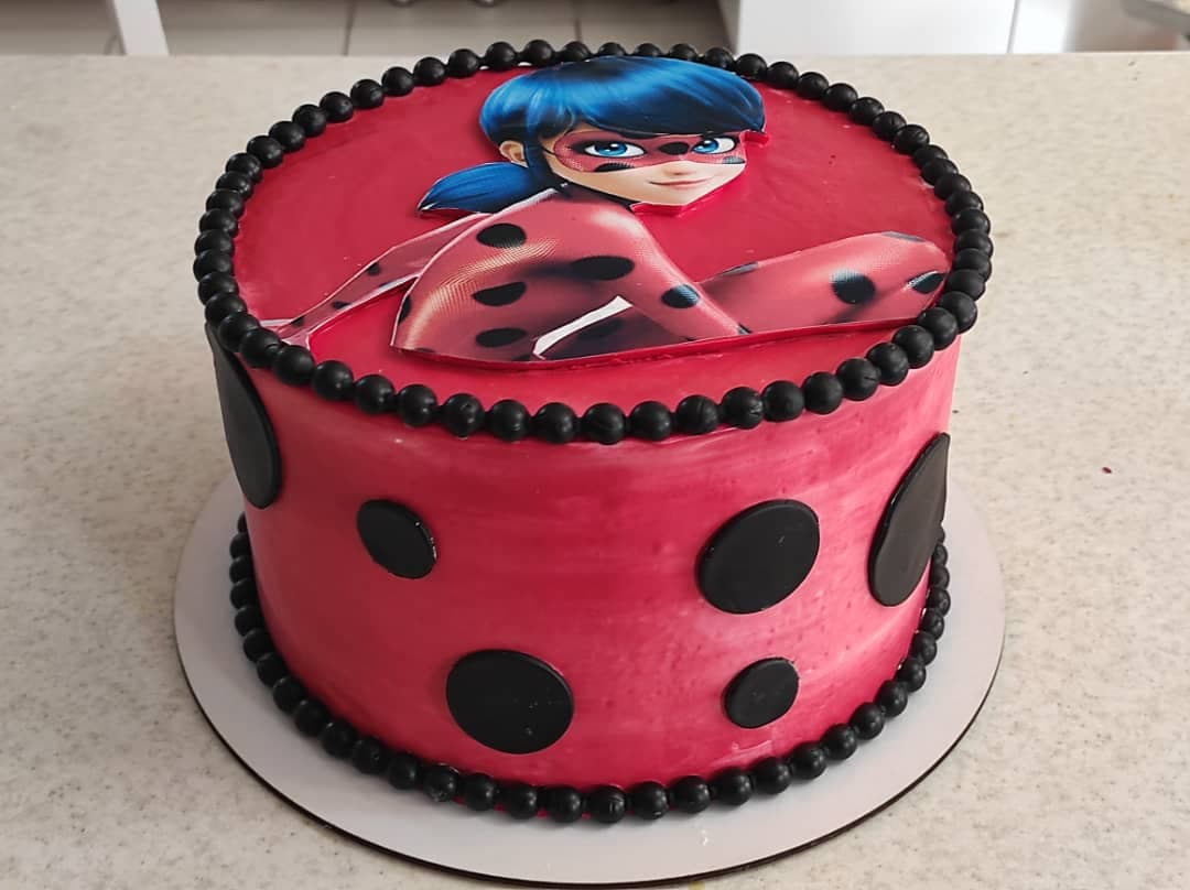 کیک لیدی باگ